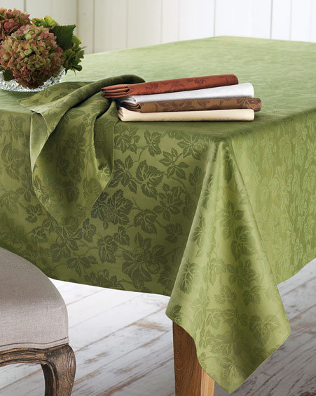 SFERRA Leaf Jacquard Table Linens