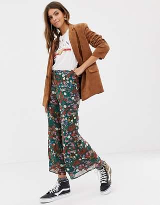 Glamorous floral midi skirt