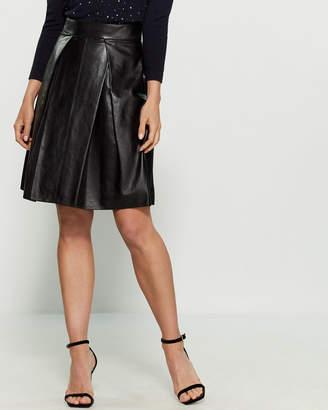 01856c05b Carolina Herrera Pleated Leather Skirt