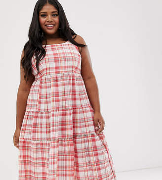 New Look Plus Curve tiered maxi dress in white check pattern