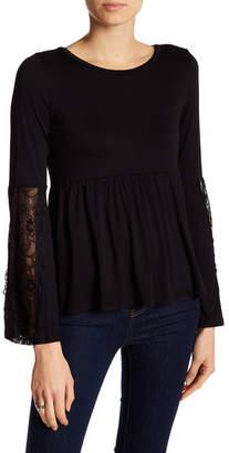 Onetheland Crochet Lace Bell Sleeve Shirt