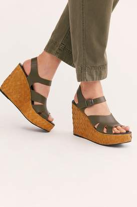 Fp Collection Sunflower Wedge Sandal