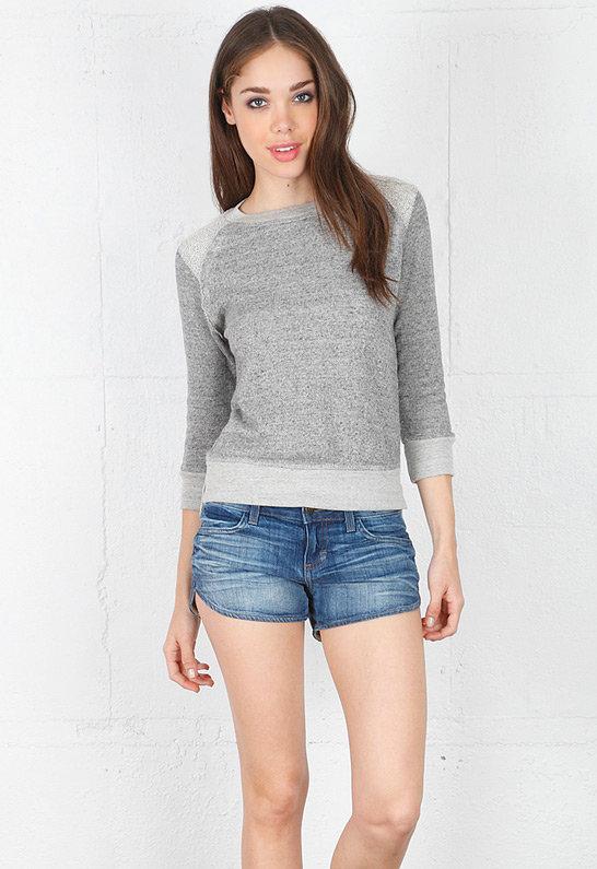 Crop Sweatshirt with Reverse Raglan - by 194t