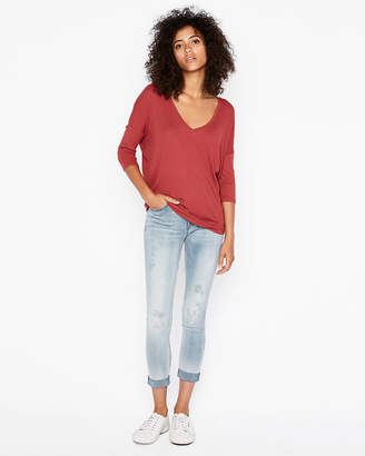Express One Eleven Ribbed V-Neck London Tee
