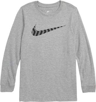 Nike Sportswear Swoosh Graphic T-Shirt