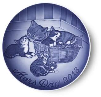 Royal Copenhagen Bing and Grondahl 2018 Mother's Day Decorative Plate
