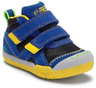 Skechers Flex Play Contrast Leather Sneaker (Toddler & Little Kid)