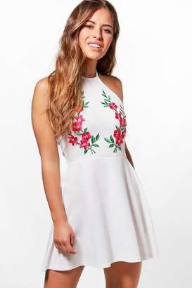 boohoo Petite Ivy Crepe Halterneck Applique Skater Dress