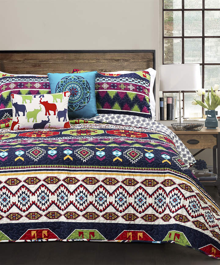 Navy Sanora Three-Piece Quilt Set