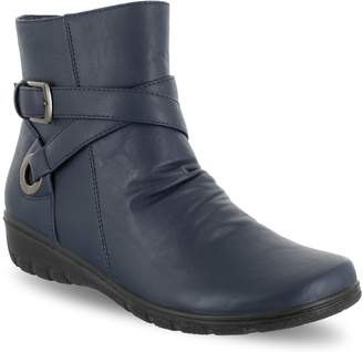 Easy Street Shoes Questa Women's Ankle Boots