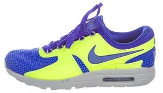 Nike Zero Sneakers