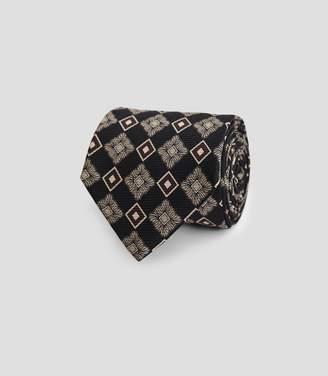 Reiss Kane - Silk Large Medallion Tie in Black