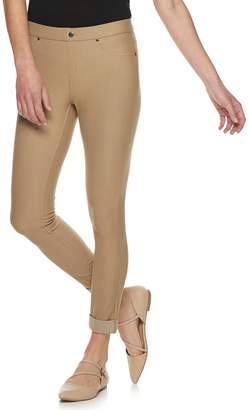 Utopia By Hue Women's Utopia by HUE Twill Cuffed Capri Leggings