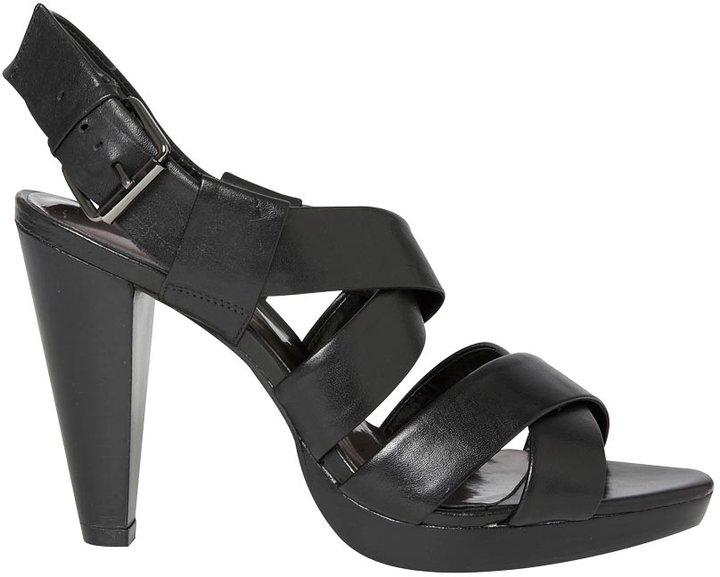 Jodie strappy sandal