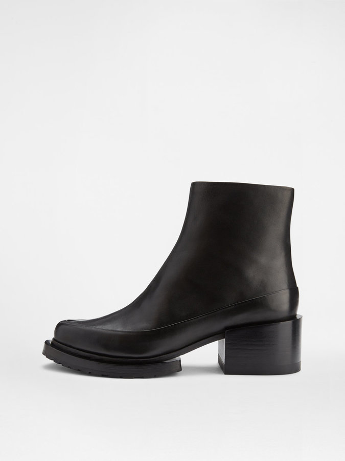 Sam Ankle Boot