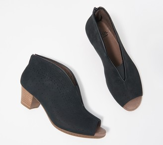 Earth Perforated Front V-Cut Booties - Calgary Quebec