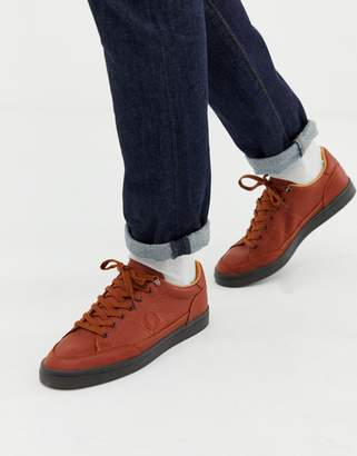 Fred Perry Deuce premium leather trainers in tan