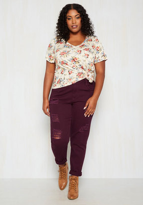 Dollhouse Return the Flavor Jeans in Sangria - 14-24 $59.99 thestylecure.com