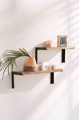 Dennison Shelf