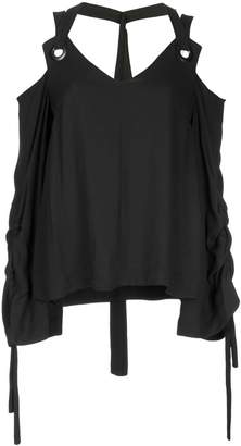 Taylor cold shoulder v-neck top