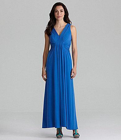 Sangria Solid Cutout Back Maxi Dress