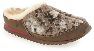 Acorn 'Sneaker Scuff' Faux Fur Lined Slipper (Women) $64.95 thestylecure.com