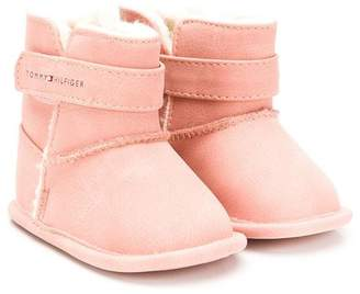 Tommy Hilfiger Junior shearling lined boots