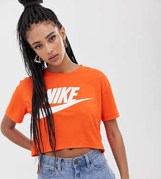 Nike Swoosh Logo T-Shirt In Orange