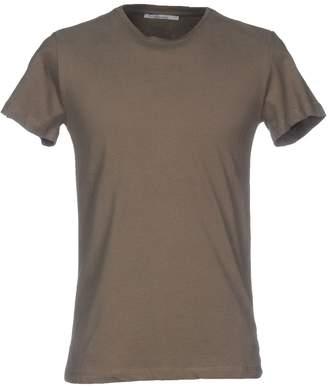 Individual T-shirts - Item 12005924VH