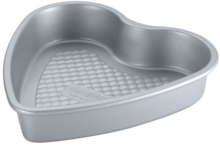 Cake BossTM Professional 9-in. Nonstick Heart Cake Pan