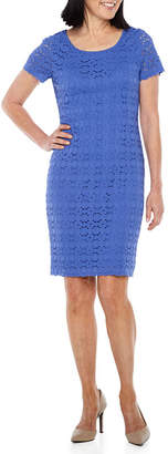 Ronni Nicole Short Sleeve Embroidered Circles Sheath Dress-Petite