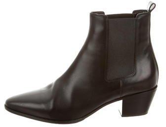 Saint LaurentSaint Laurent Semi Pointed-Toe Ankle Boots