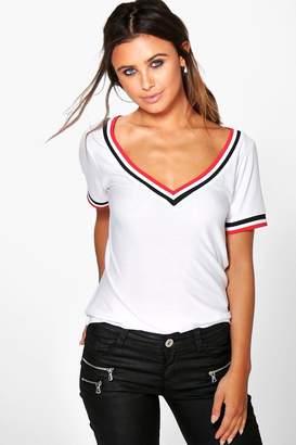 boohoo Petite Rib V Neck T-Shirt