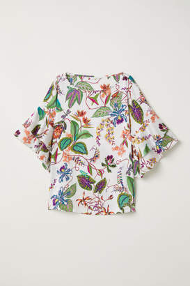 H&M Blouse with Flounced Sleeves - White