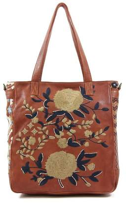 Old Trend Embro Leather Tote Bag