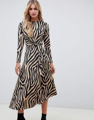 Asos Design DESIGN tie waist maxi dress in animal print