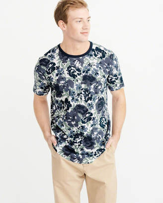 Abercrombie & Fitch Floral Curved Hem Tee