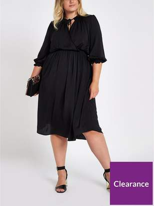 River Island RI Plus Shirred Waist Midi Dress - Black