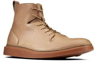 Clarks R) Hale Rise Plain Toe Boot