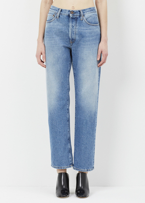 Off-White vintage wash diag scratch boyfriend $554 thestylecure.com