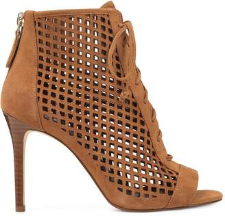 Moustique Cut-Out Booties