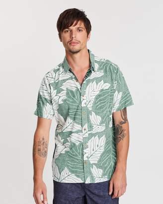 Hurley Sig Zane Ululoa Woven Short Sleeve Shirt
