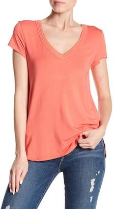 H By Bordeaux Double V-Neck Solid Tee