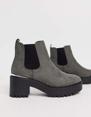 New Look metal detail chunky heeled boots in mid gray