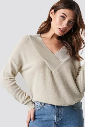 Trendyol V-Neck Silvery Pullover Ecru