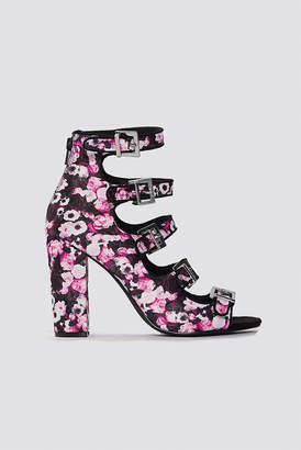 Na Kd Shoes Multi Buckle High Heels Black/Flower Print
