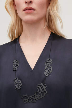 Cos LASER-CUT LONG CHAIN NECKLACE