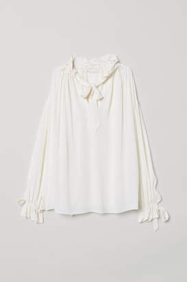 H&M Blouse with Flounce - White