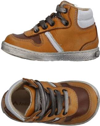 Andrea Morelli Low-tops & sneakers - Item 11323878SX