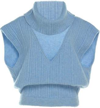 Jacquemus La Maille Aube Cropped Turtleneck Sweater